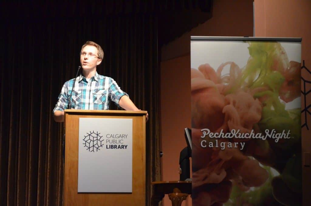 Speaking in front of a crowd pechakucha
