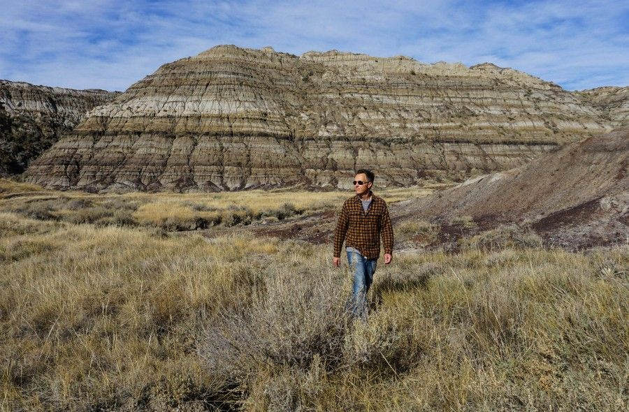 Hiking the Canadian Badlands of Drumheller